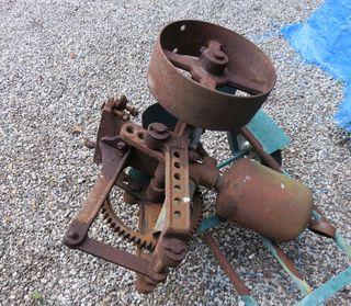Rusty pump cropped